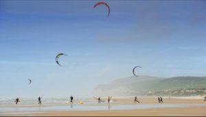 windsurfing sur le littoral